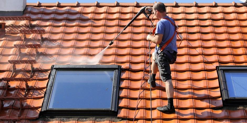 high-pressure-spray-pump-on-roof