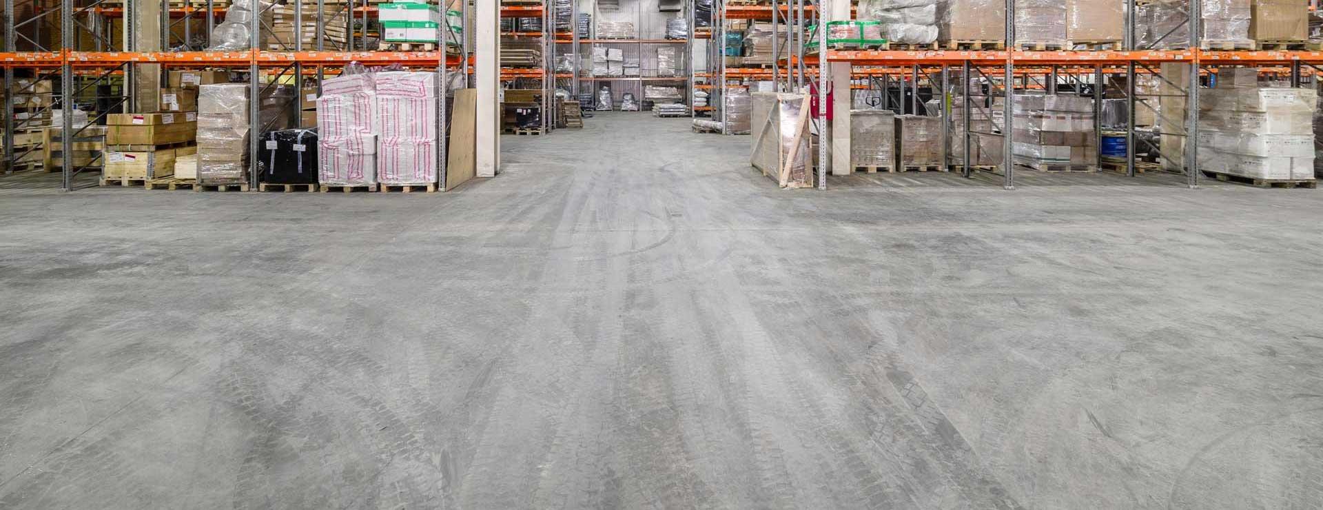 concrete_floor_in_warehouse