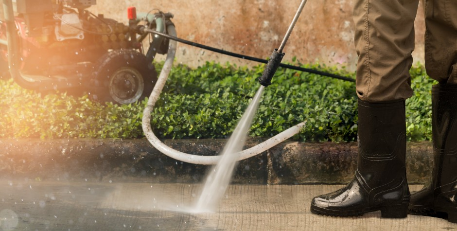 Electric Pumps vs. Gas Powered Pumps: Pros and Cons