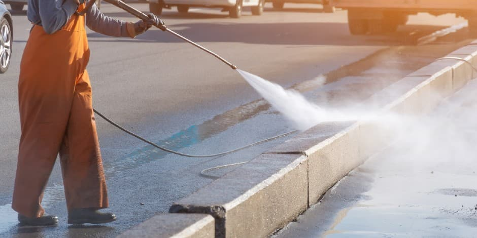 Soft Wash Pump Systems: 5 Features to Look For